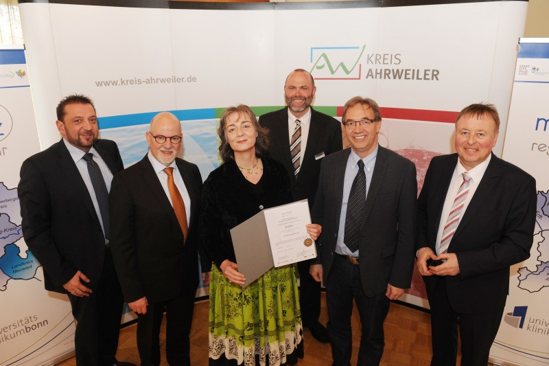 Rainer Ziegler, Prof. Dr. Martin Exner, Katja Mahl, Dr. Stefan Voss, Joachim Becker und Landrat Dr. Jürgen Pföhler