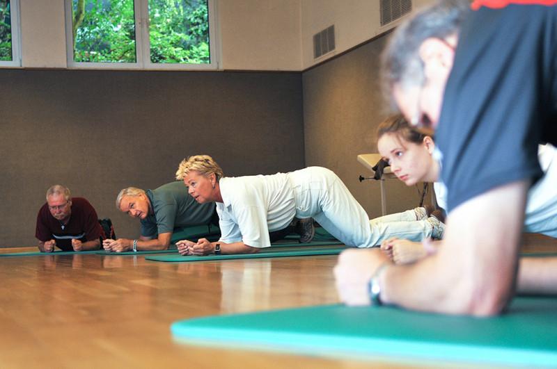 Kliniken Bad Neuenahr Gymnastikhalle Bewegungstherapie2