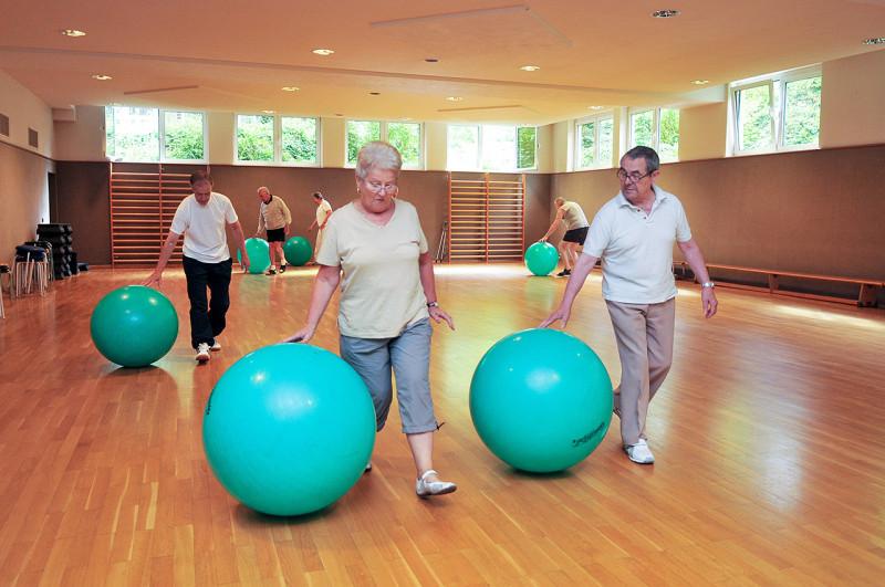 Kliniken Bad Neuenahr Gymnastikhalle Bewegungstherapie4